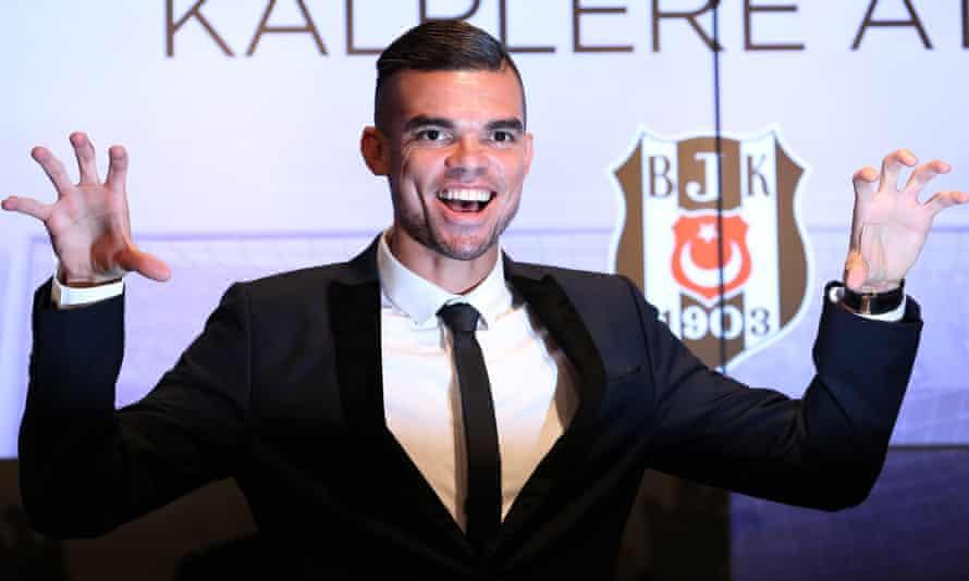 Pepe at his Besiktas unveiling.