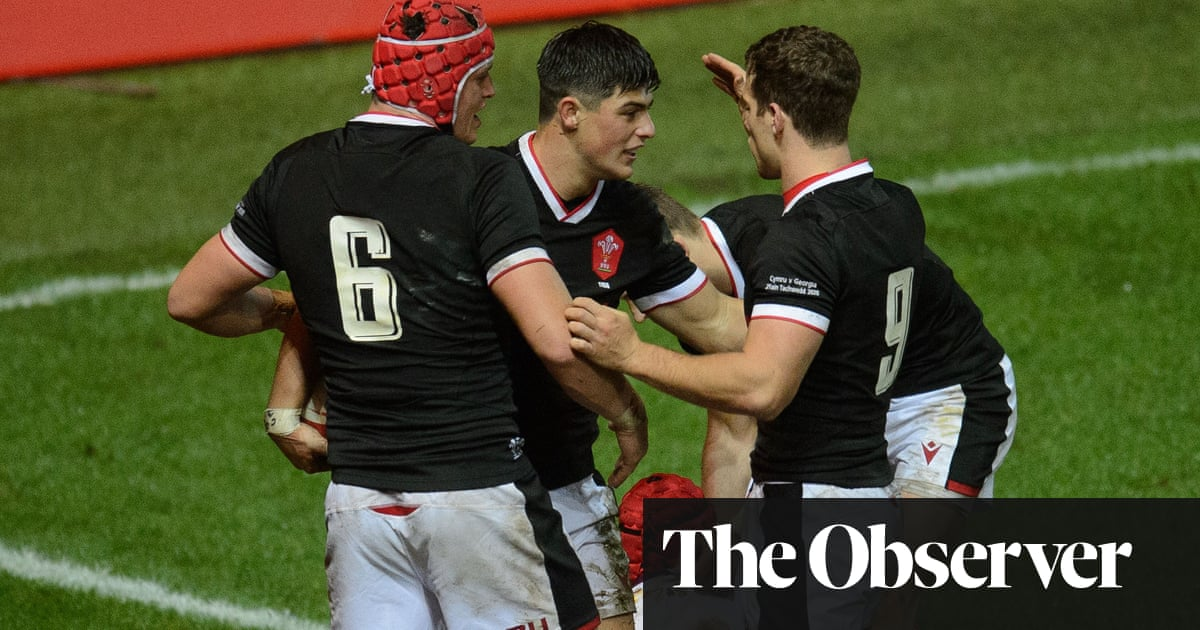 Louis Rees-Zammit and James Botham impress in Wales victory over Georgia