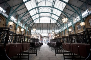 No traders at London's Covent Garden market