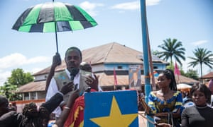 Health minister Oly Ilunga Kalenga addresses residents of Mbandaka during the launch of the Ebola vaccination campaign in May