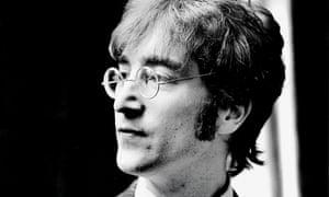 John Lennon fue asesinado a tiros el 8 de diciembre de 1980 en la ciudad de Nueva York.