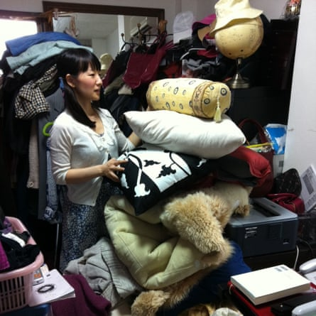 Clearing the clutter: Marie Kondo at work in a Tokyo apartment.