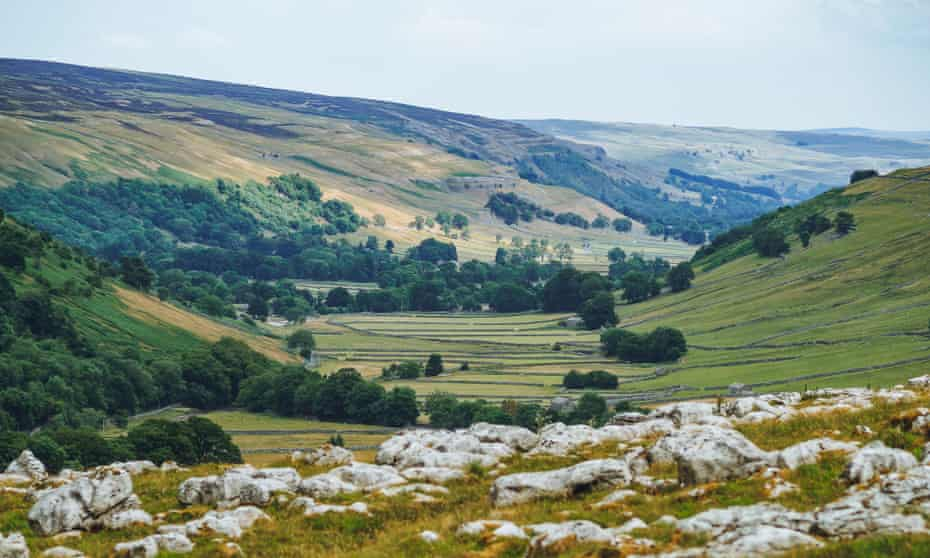 The U-shaped glacial valley of Littondale