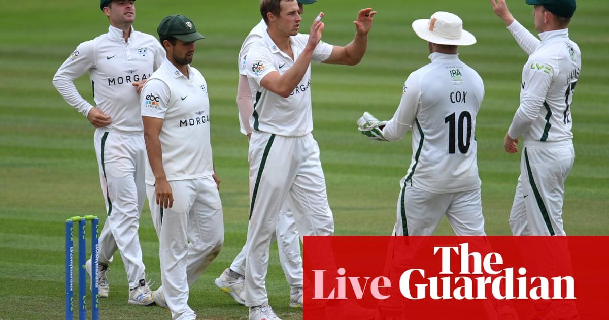 County cricket: Yorkshire v Warwicks, Surrey v Essex and more – live!