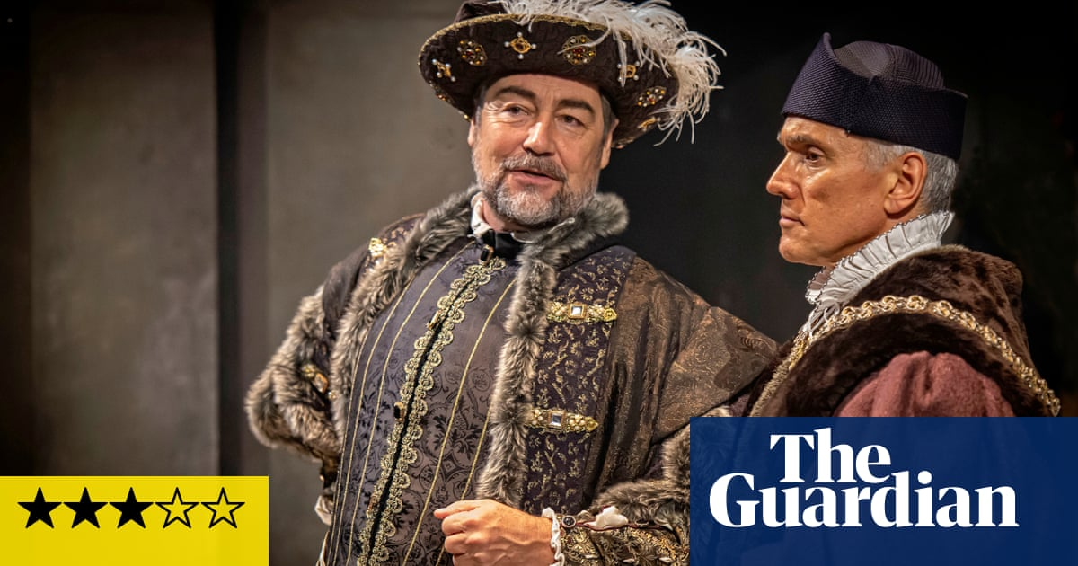 The Mirror and the Light review – Cromwell's spell is finally broken