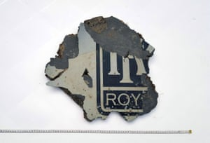 The Rolls-Royce stencilling helped identify this part, washed up on Mossel Bay, South Africa in March 2016, as a segment from a 777 engine cowling.