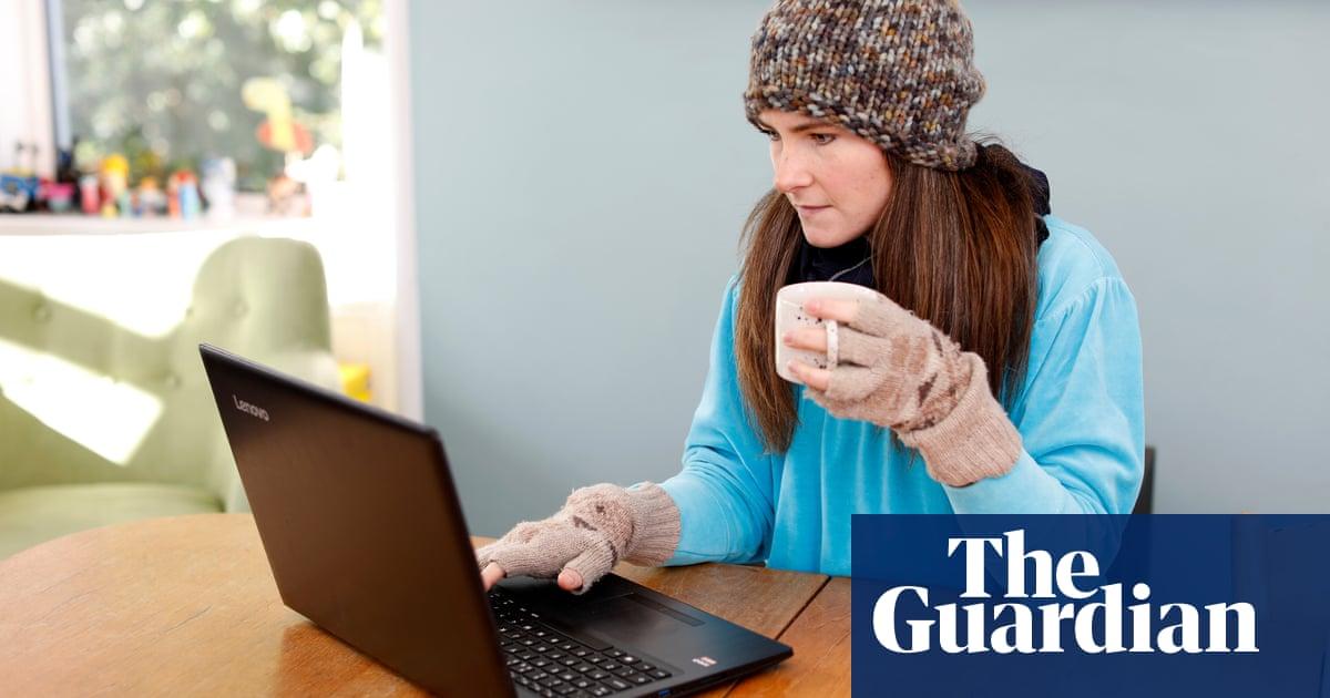 Pay someone to write essay australia