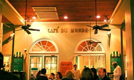 Cafe du monde, the place for beignets.
