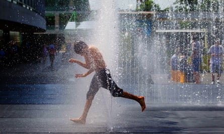 Are there better ways to stay cool in a heatwave?