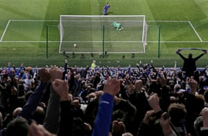 Leonardo Ulloa scores the last minute penalty to give Leicester the 2-2 draw during the Leicester City v West Ham United F.A. Premier League match