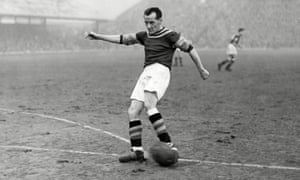 Jackie Sewell playing for Aston Villa against Blackpool in January 1956.