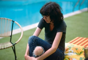 Joey Ramone by the pool of the Sunset Marquis in Los Angeles, February 1977.