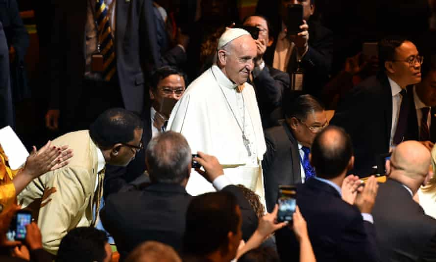 Pope Francis arrives to deliver his speech at the UN General Assembly