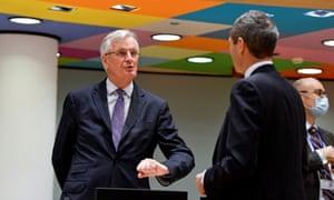 Kepala negosiator Brexit UE Michel Barnier berbicara dengan duta besar Jerman untuk UE pada hari Selasa.