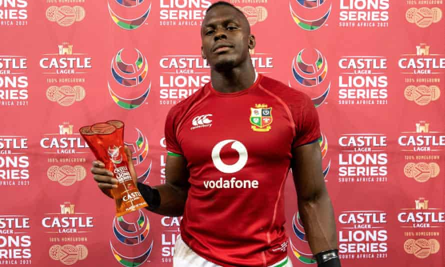 Maro Itoje is presented with the player of the match award in Cape Town.