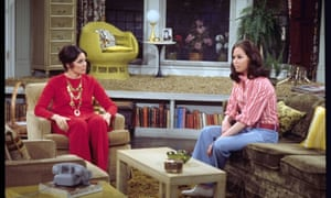 Valerie Harper as Rhoda Morgenstern and Mary Tyler Moore as Mary Richards from the 1970s CBS sitcom The Mary Tyler Moore Show.