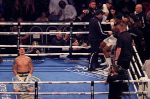 Oleksandr Usyk celebrates just after the final bell.