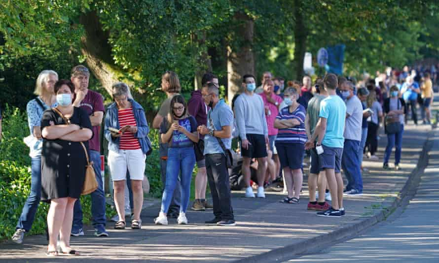 Thousands of Gütersloh citizens queued to get tested for coronavirus hoping they would be able to travel.