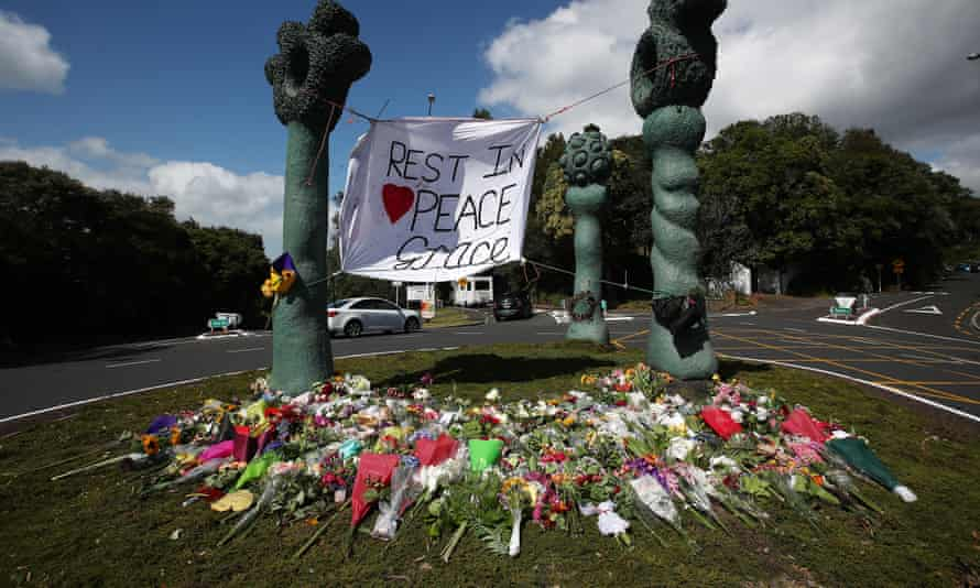 Floral tributes in Aukland for the murdered British backpacker Grace Millane.