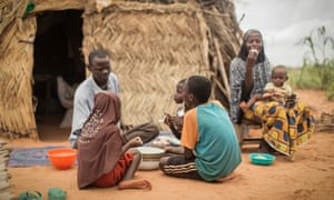 Family meal in Niger