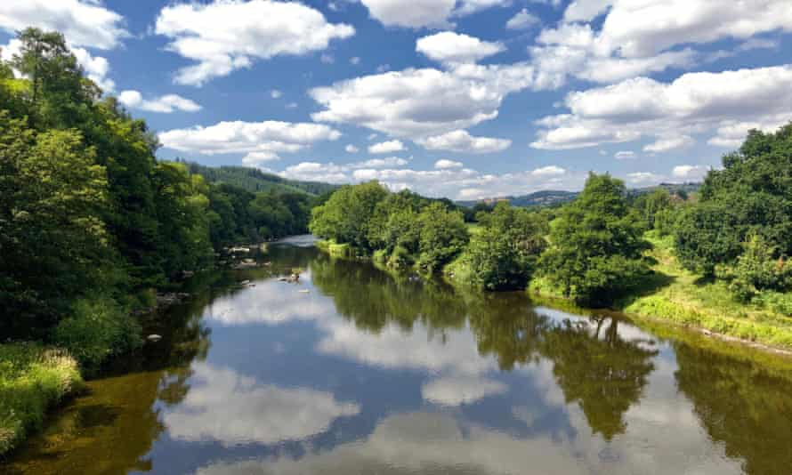 The River Wye looking upstream from Boughrood Bridge