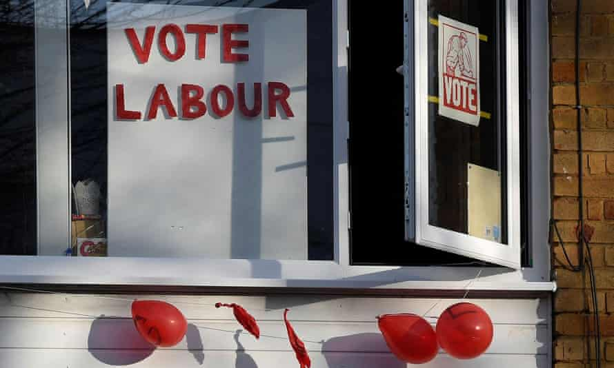 Vote Labour sign in a window