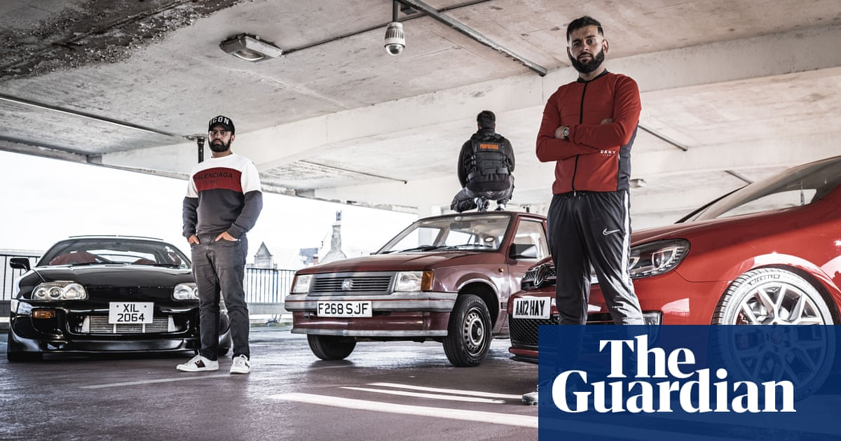 Peaceophobia: Muslim men who love their modified motors