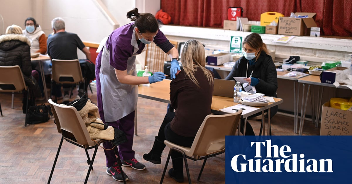 Take-up of second Covid jab in England levelling off
