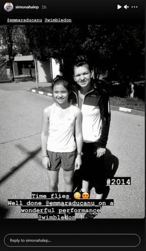 Raducanu with her tennis idol, Simona Halep, in 2014. Halep is from Romania, like Raducanu's father