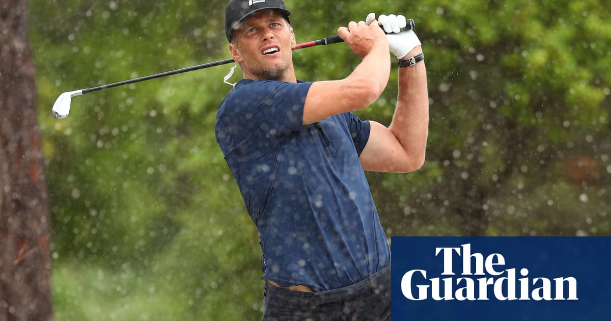 Tom Brady miracle shot cant prevent defeat to Tiger Woods in $10m charity golf match