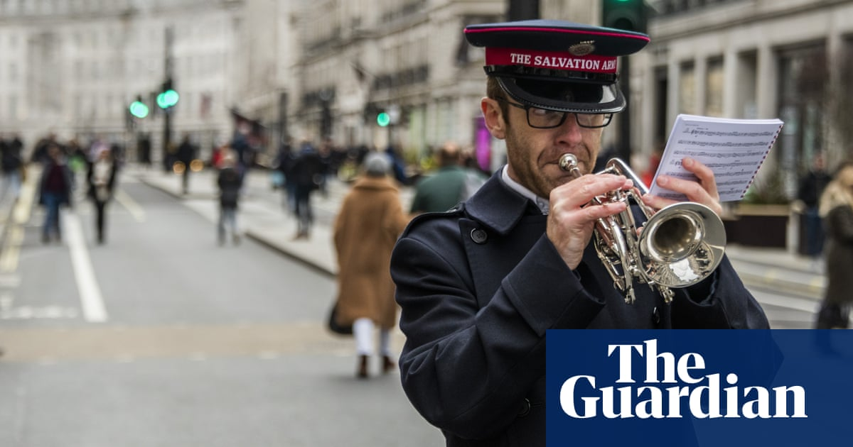 Ex-officers direct anger at Salvation Army over pensions 'injustice'