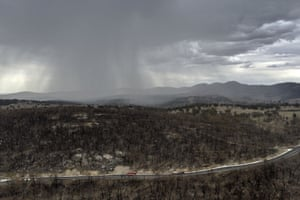 Rain falls on drought and fire-ravaged country near Tamworth