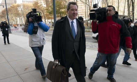 """Jeffrey Lichtman, attorney for Joaquín """"El Chapo"""" Guzmán, arrives at the Brooklyn federal courthouse in New York on 14 November."""