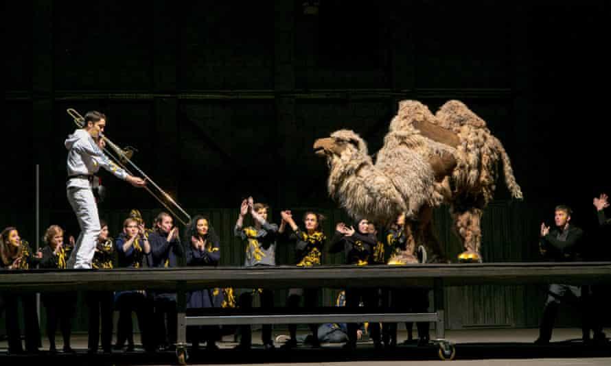 Hump day: Stephen Menotti duets with the camel in Stockhausen's Mittwoch aus Licht