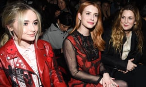 Sabrina Carpenter, Emma Roberts and Drew Barrymore in the front row Coach show