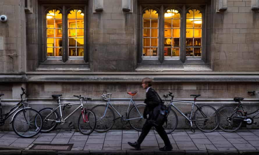 'Oxford can make you feel like an outsider as a working-class student, while it inadvertently tells you that you're not even working class anymore.'