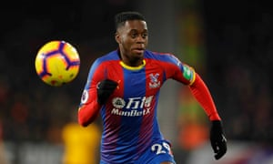 Could Aaron Wan-Bissaka leave Crystal Palace and solve Manchester United's right-back problem?
