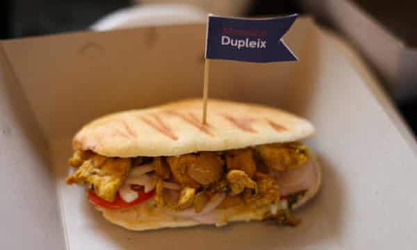 Le Casse-Croûte's Monsieur Dupleix, a toasted sandwich with chicken curry and mayonnaise