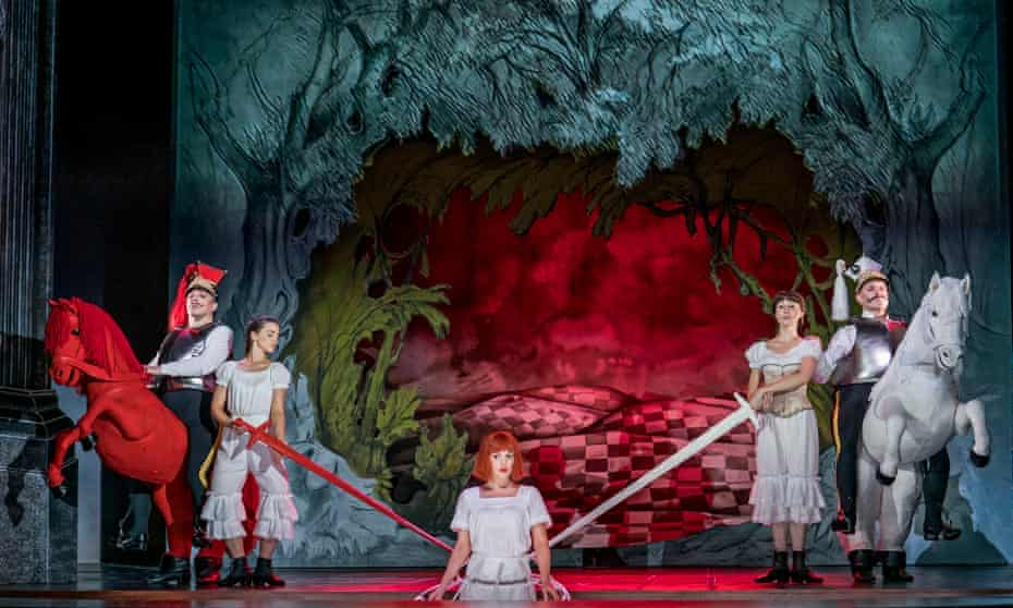 Joshua Bloom (Red Knight), Claudia Boyle (Alice) and Mark Stone (White Knight) in Alice's Adventures Under Ground by Gerald Barry at the Royal Opera House.