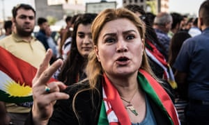 Kurds displaced from Kirkuk by the ongoing conflict between Iraq the Kurdistan region protest outside the US Embassy in Erbil.