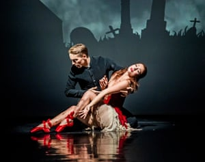 Ashley Shaw as Victoria Page, with Liam Mower as Ivan Boleslawsky, in Matthew Bourne's The Red Shoes.