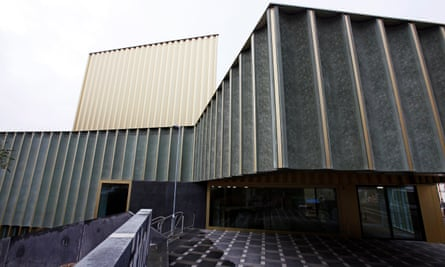 Nottingham Contemporary lace-patterned exterior