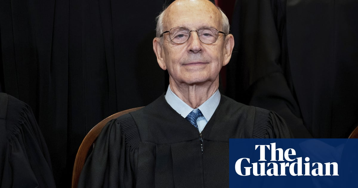Justice Stephen Breyer says he hasn't decided when to retire as pressure grows