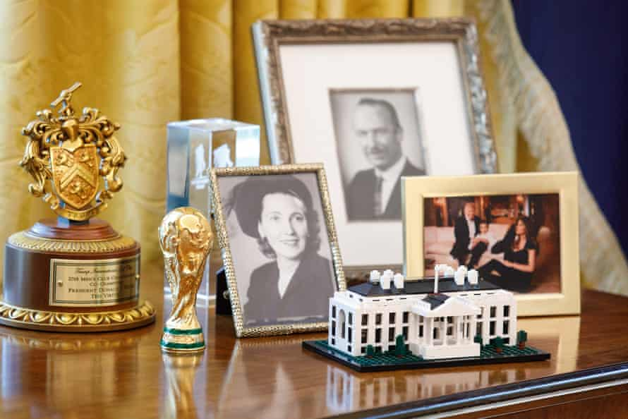 A Lego model of the White House pictured on a desk in the Oval Office on 6 March 2019