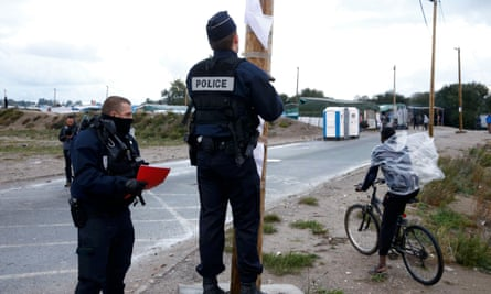 French police post the official document that announcing the dismantling of the Calasi camp last week.