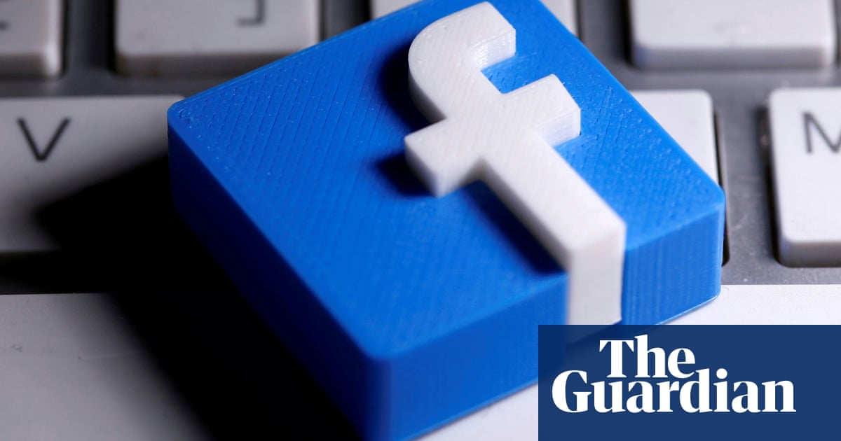Facebook condemned in UK and US for 'attempt to bully democracy'