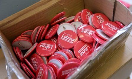 Pro-labour badges