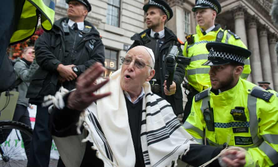Rabbi Jeffrey Newman at the Extinction Rebellion protests.
