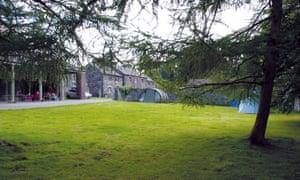 Platt's Farm, Wales