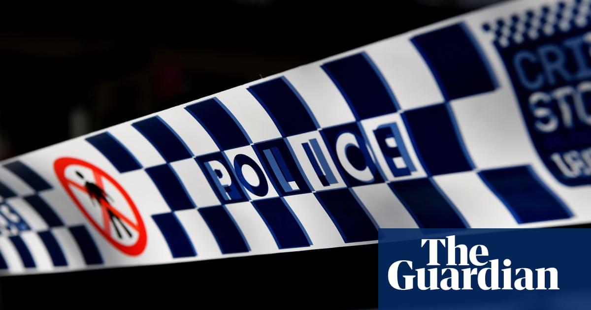 Indigenous man dies during 'violent struggle' with Queensland police